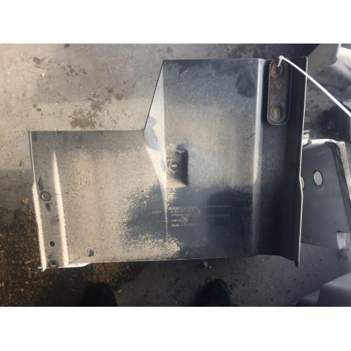защита на кабине к подножке L MP2 A9418817201