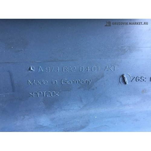 декаративная накладка стойки лоб.проема A9736920401/0501