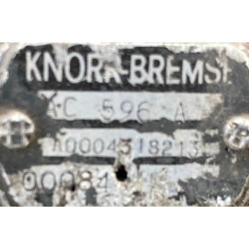 кран управления тормозами прицепа A0004318213