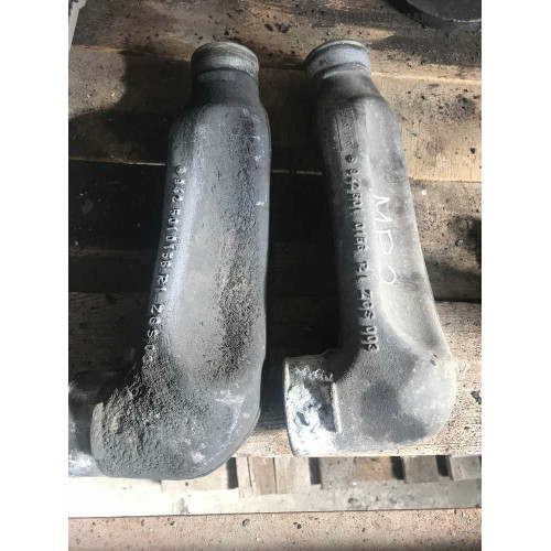 патрубок радиатора  actros А9425010156