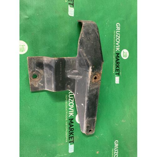 кранштейн переднего бампера R A9738800414